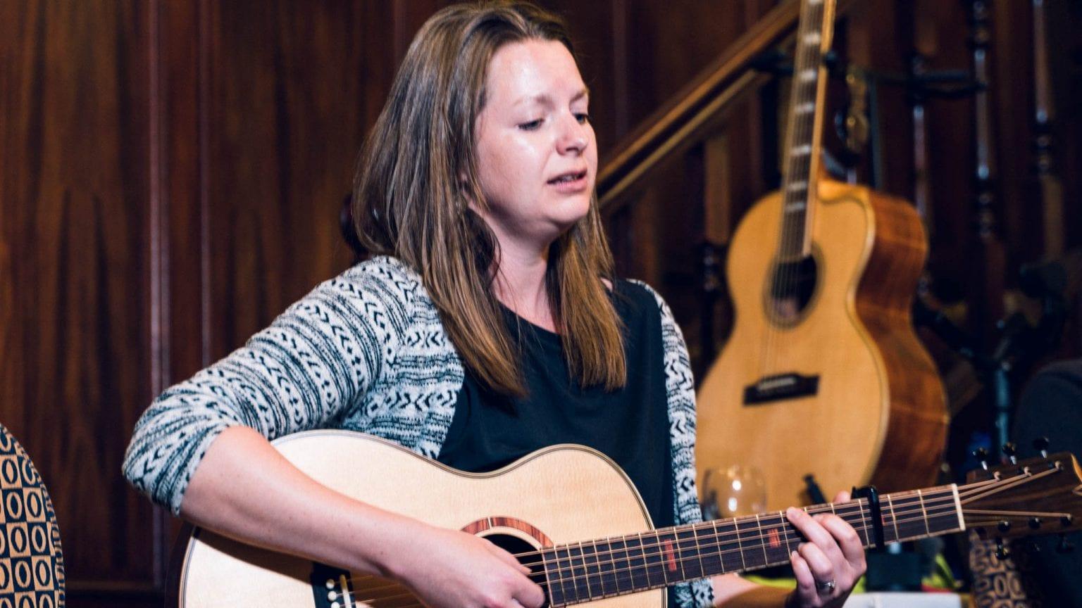 Rosie Heydenrych of Turnstone Guitars